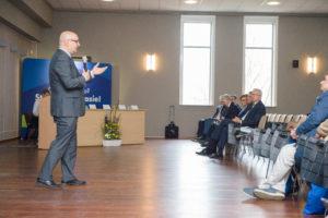 """Pierwsza, ogólnopolska konferencja dla dyrektorów szkół średnich, współpracujących z UWM pn. """"Chiron – szkoła z potencjałem""""."""